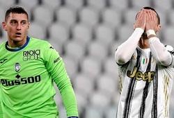 Ronaldo đã bị những thủ môn nào cản phá phạt đền?