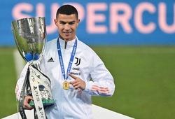 Ronaldo, Messi, Dani Alves: Ai giành nhiều danh hiệu nhất lịch sử?