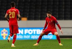 Cristiano Ronaldo vượt mốc 100 bàn với đội tuyển Bồ Đào Nha