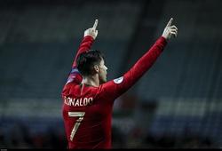 Ronaldo tuyên bố gì sau khi đạt 100 bàn thắng với Bồ Đào Nha?