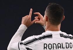 Ronaldo ăn mừng bàn thắng với chữ C và J có nghĩa gì?