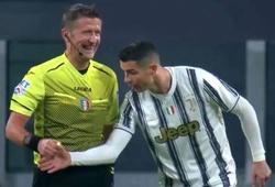 Ronaldo không tin vào Goal-line và đòi kiểm tra đồng hồ trọng tài