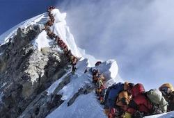 Nơi cao nhất thế giới, đỉnh Everest cũng không thoát khỏi COVID-19