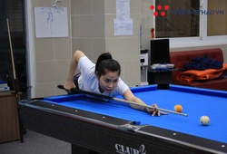 ĐKVĐ billiards VN Huỳnh Thị Ngọc Huyền: Cơ thủ nữ nay đề-pa xong có thể dọn bàn!