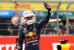 Verstappen qua mặt Hamilton giành pole