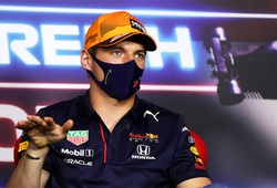 Verstappen lại chiếm pole F1,  Hamilton lộ rõ bất lực!