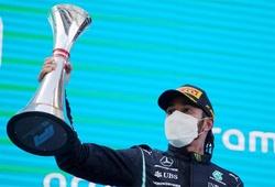Xuất phát chậm, Lewis Hamilton vẫn vô địch Grand Prix F1 lần thứ 98