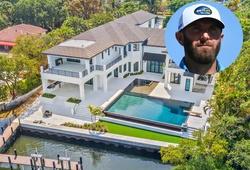 Đánh golf và bán nhà, Dustin Johnson xem ra đều là số 1