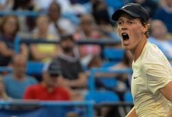 """Kết quả tennis mới nhất 24/10: Sinner """"sờ gáy"""" Hurkacz, Schwartzman khoe fan đáng yêu"""