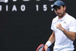 """Aslan Karatsev - """"kẻ diệt khổng lồ"""" ở giải tennis Australian Open 2021 là tay vợt như thế nào?"""