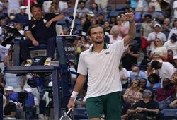 Kết quả tennis US Open mới nhất hôm nay 8/9:Medvedev vượt khó, Alcaraz gặp hạn