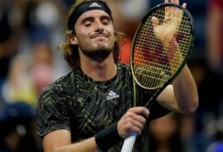"""Vào toa-lét xong đánh như """"lên đồng"""" ở giải tennis US Open: Tsitsipas chơi xấu?"""