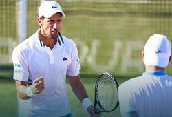 Sao tennis Djokovic quá lợi hại: Đánh đôi vẫn vào chung kết!