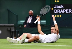 Kết quả tennis Wimbledon mới nhất: Tsitsipas thua sốc, Djokovic mất set!