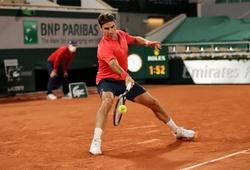 """Kết quả tennis Roland Garros mới nhất: Federer """"đua"""" marathon, ĐKVĐ Swiatek ngược dòng ấn tượng!"""