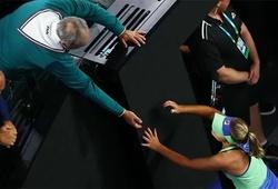 Quy luật tất yếu của tennis nhà nghề nhưng vẫn thấy đắng lòng: Ông bố huyền thoại bị con gái sa thải nhằm tìm kiếm thành công!