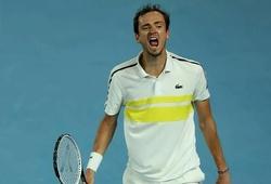 Chuẩn bị soán ngôi số 2 thế giới tennis của Nadal, Medvedev lập kỳ tích chưa từng thấy suốt 15 năm qua!