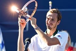 Kết quả tennis mới nhất: Medvedev vô địch Toronto Masters
