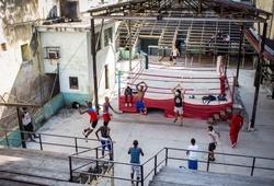 Bên trong La Finca, phòng gym tồi tàn đã tạo ra các nhà vô địch của Boxing Cuba