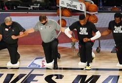 NBA và vòng Playoffs chịu ảnh hưởng nặng nề do... quá chính trị