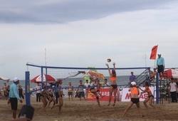 Khai mạc giải bóng chuyền bãi biển 4x4 toàn quốc: Thỏa nỗi khát khao