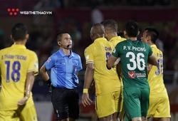 VFF ra án phạt ngầm với trọng tài thổi có lợi cho Sài Gòn FC