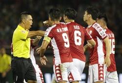 """""""Hà Nội FC mất oan bàn thắng, TP. HCM mất oan 1 quả penalty"""""""