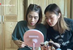 Sao bóng chuyền Đoàn Thị Lâm Oanh & Trần Việt Hương lên sóng hướng dẫn làm đẹp