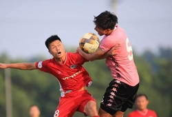 Văn Hậu ra sân trong trận đấu giao hữu của Hà Nội FC