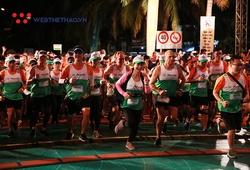 Đến Đà Nẵng chạy Manulife Danang International Marathon thì ăn ở thế nào?