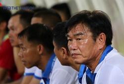 HLV Phan Thanh Hùng khen ngợi cầu thủ ghi bàn vào lưới Than Quảng Ninh
