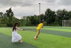 Nghỉ dịch COVID-19, Quang Hải tập luyện cùng Huỳnh Anh