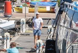 Tây Ban Nha giảm giãn cách COVID-19: Nadal khéo léo khoe du thuyền mới