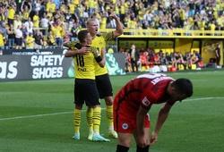 """Haaland đóng vai """"siêu nhân"""" tham gia vào 5 bàn thắng cho Dortmund"""