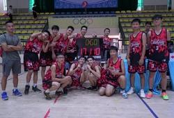 Đội bóng tội nghiệp nhất Giải Hè Hà Nội: Vòng bảng thua 100 điểm, Bán kết thua 110 điểm