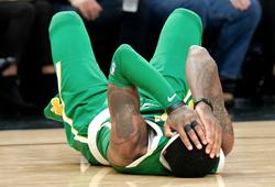 Chưa giải quyết xong khủng hoảng, fan Boston Celtics lo lắng tột cùng khi Kyrie Irving gặp chấn thương