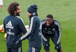 """""""Neymar mới"""" của Real Madrid bị Marcelo xâu kim không thương tiếc"""