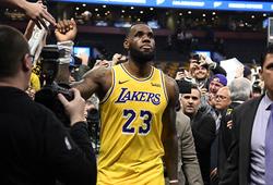 LeBron James tiếp tục bị gắn mác đồng đội xấu với hành động ở thất bại trước Philadelphia 76ers