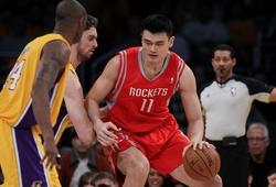 Tuyển bóng rổ Mỹ từng cá cược triệu USD xem ai có thể dunk trên đầu Yao Ming và cái kết