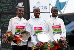 Mo Farah bị 2 đối thủ rượt đuổi như phim hành động ở London Half Marathon