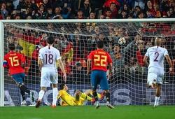 Đối thủ đoán trước Ramos sẽ đá Panenka, nhưng vẫn thủng lưới