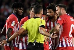 Diego Costa có thể bị treo giò 12 trận vì lăng mạ trọng tài