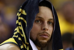Nhìn lại 5 con số điên rồ trong màn thua ngược đáng thất vọng của Golden State Warriors