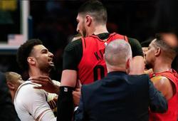 Liệu NBA có cấm thi đấu gần chục cầu thủ sau màn gây gổ giữa Denver Nuggets và Portland Trail Blazers?