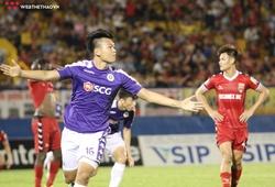 """Cầu thủ đi cấp cứu, bàn thắng giây cuối và Tấn Trường """"đấu khẩu"""" với CĐV, trận cầu """"điên rồ"""" của Quang Hải và đồng đội"""