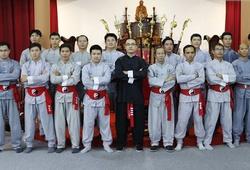 Sư huynh của Flores thách đấu Trương Đình Hoàng khi bị chê 'né kèo'