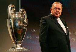 """""""Cha đẻ"""" giải đấu Champions League qua đời ở tuổi 89"""
