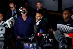 Neymar nói gì khi phải chống nạng đi trả lời thẩm vấn cáo buộc hiếp dâm?