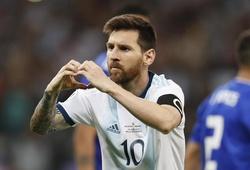 Messi ghi bàn thứ 68, thủ môn cản phạt đền và những điểm nhấn từ trận Argentina vs Paraguay