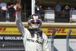 Hamilton hóa ra cũng hài hước khi troll Vettel